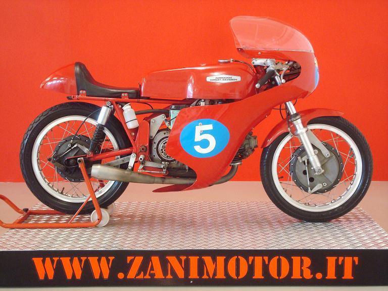 Aermacchi HD Ala d oro 350cc