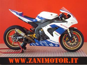Yamaha YZF R1 Superstock