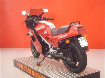 Honda VF 1000 F - II Bol D'or