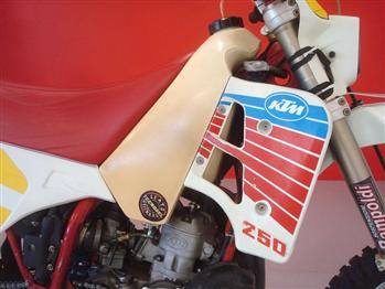 Ducati SCRAMBLER 450